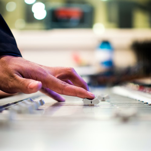 photo-of-music-producer